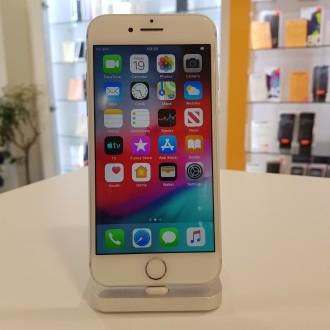 Apple iPhone 7 32GB Silver (реновиран,обновен)